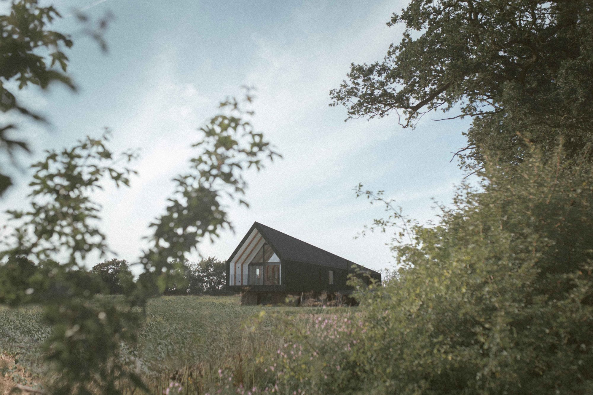 Studio_Bark_Black_Barn_Exterior-wide-1