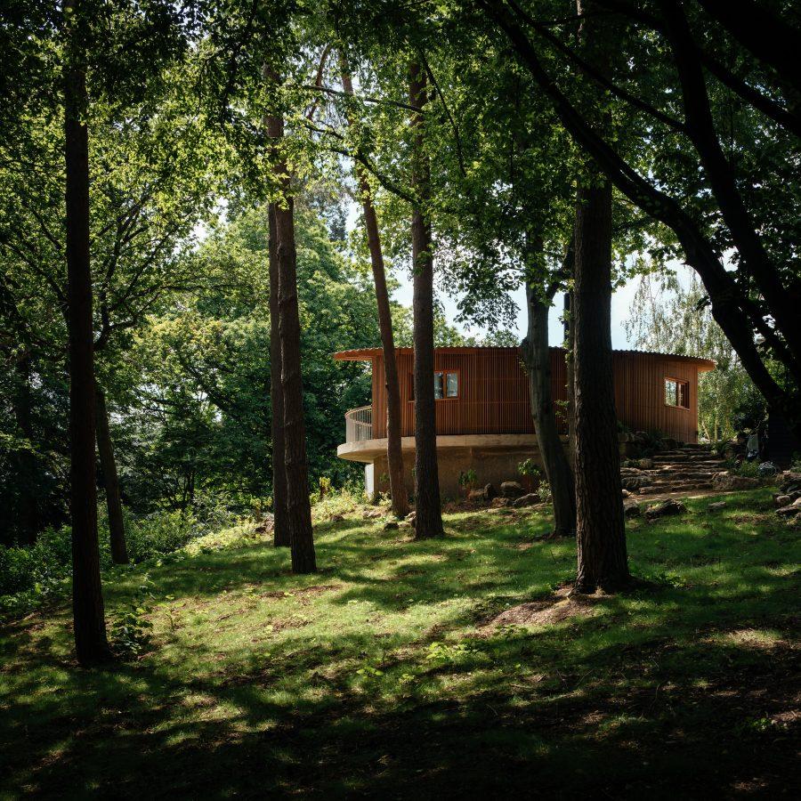 Heathside Pool House by Surman Weston. Copyright Jim Stephenson 2021